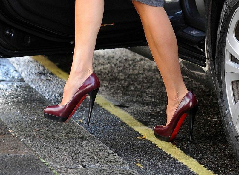 Избегайте высоких каблуков