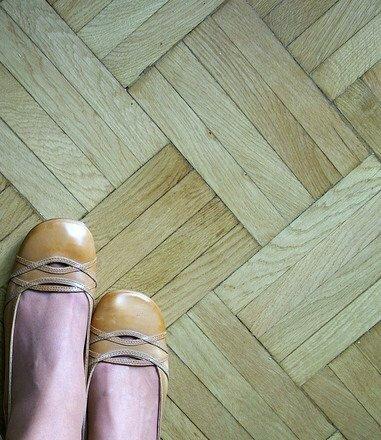 Как снять боль в ногах при варикозе, что делать сразу